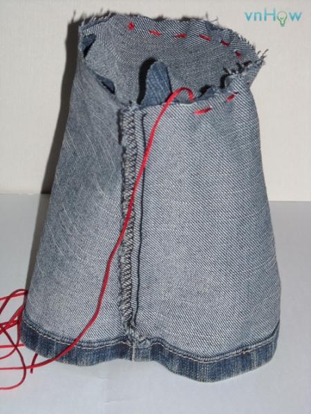 Cách làm chiếc túi nhỏ xinh từ quần Jean cũ 2