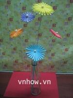 Cách làm những bông hoa dễ thương từ ống hút 6