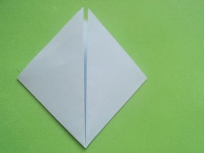 Cách xếp hoa anh đào bằng giấy 2