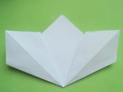 Cách xếp hoa anh đào bằng giấy 4