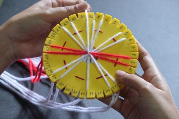 http://az24.vn/hoidap/huong-dan-cach-lam-vong-tay-bang-len-d2893718.html